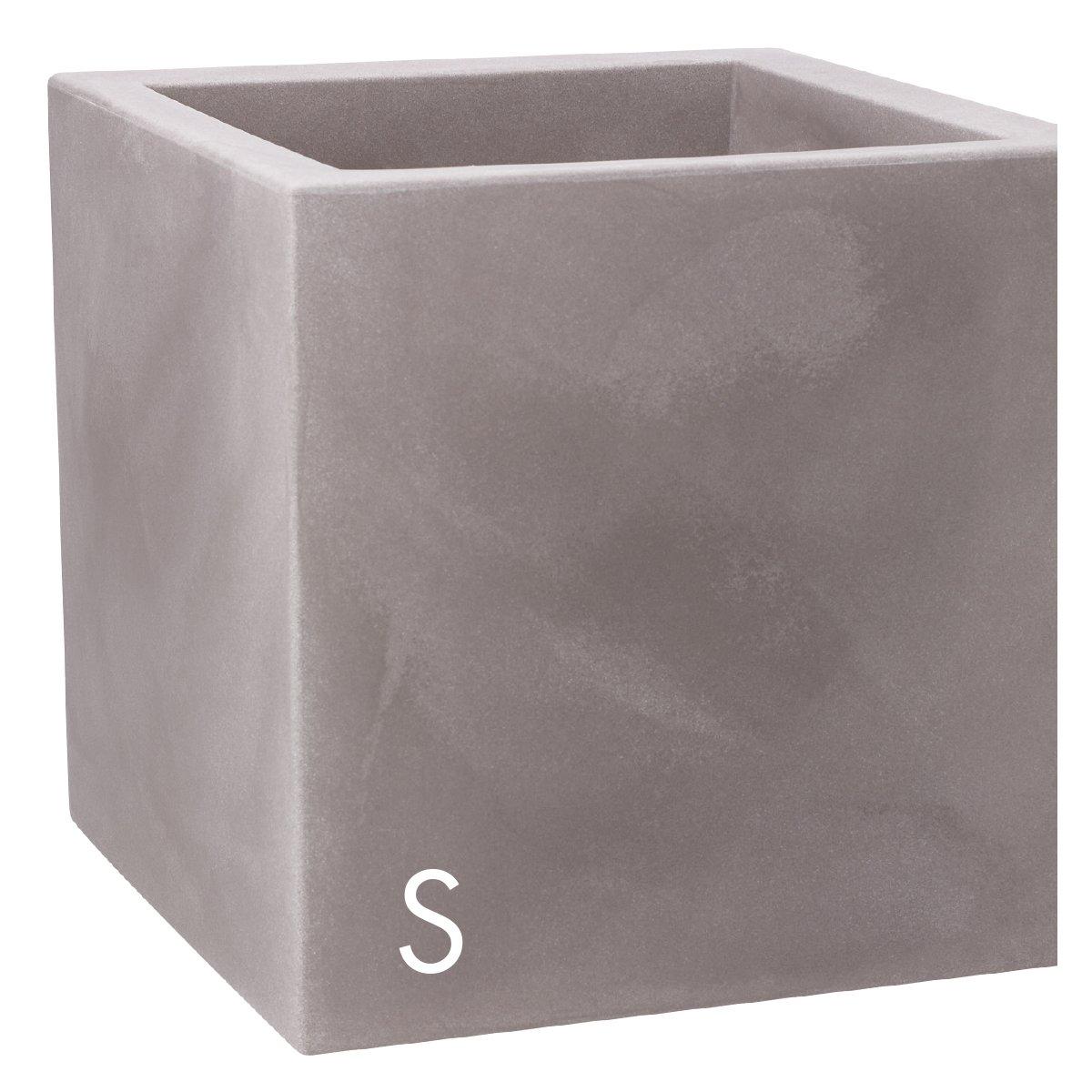 Vaso nicoli in resina di polietilene modus quadro for Vasi nicoli