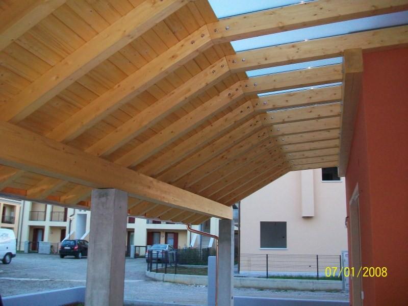 pergola Fiorin in legno copertura tavole-vetro