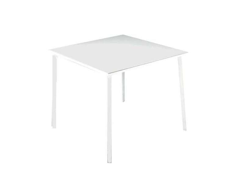 Tavolo Tile di Fast quadrato grigio polvere871010
