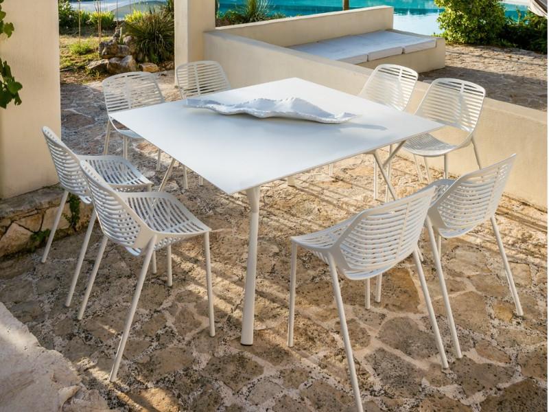 Tavolo quadrato RADICE QUADRA in alluminio verniciato di Fast bianco arredo
